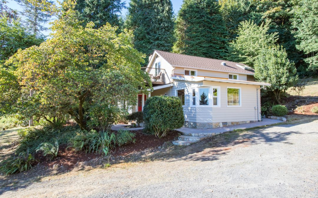 3 Acres with Mountain Views!  $599,000