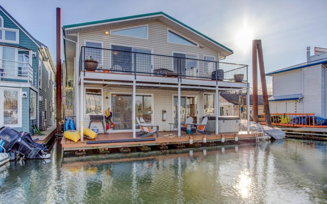 Rare Duplex Floating Home!  $659,000