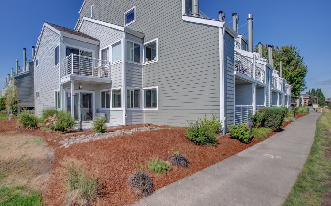 Move-In Ready River Front Condo!  $425,000