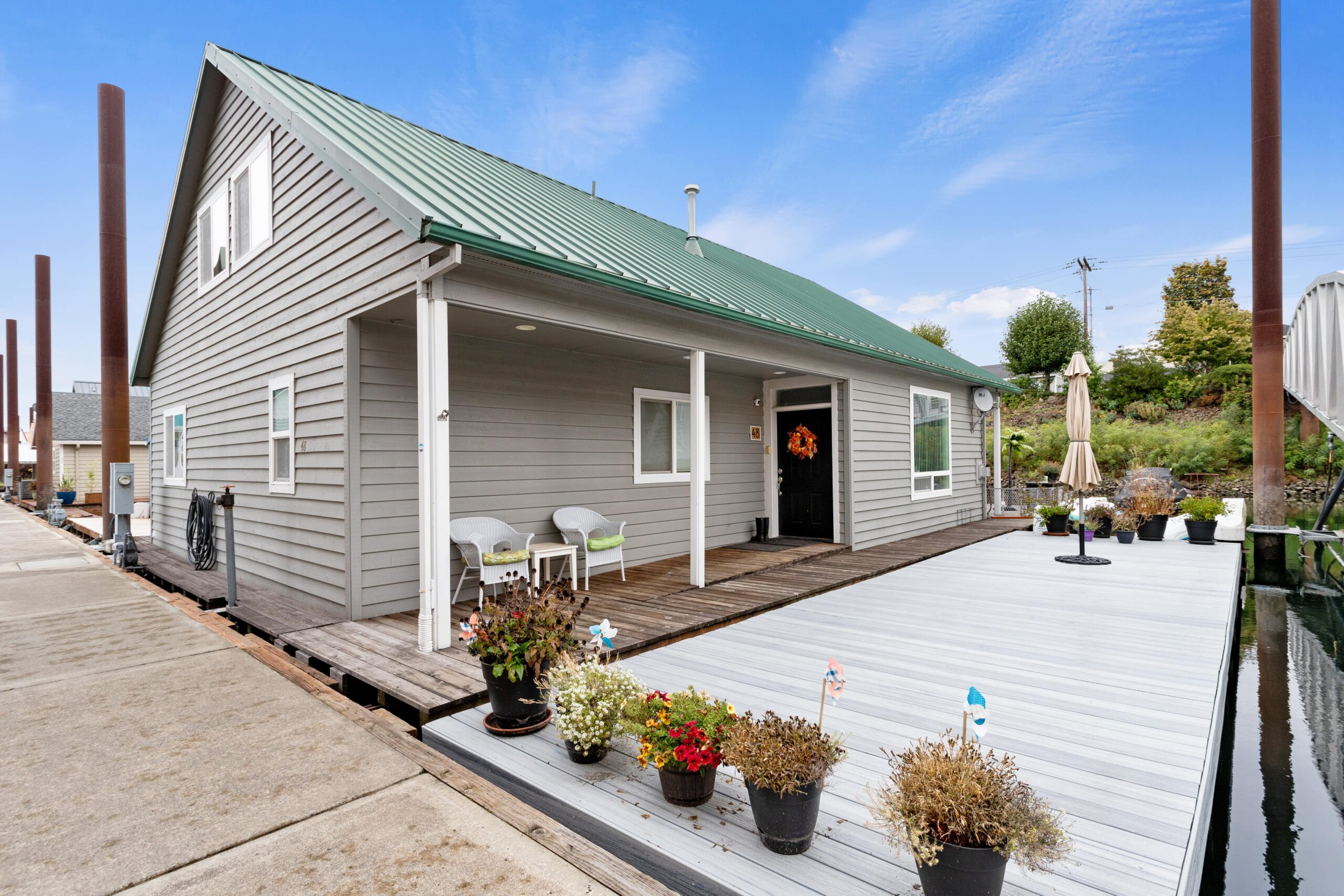 Open & Airy Floating Home  $525,000